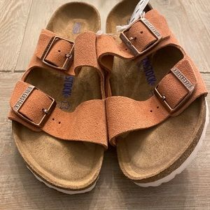 New Birkenstocks sandals  Earth Red  narrow